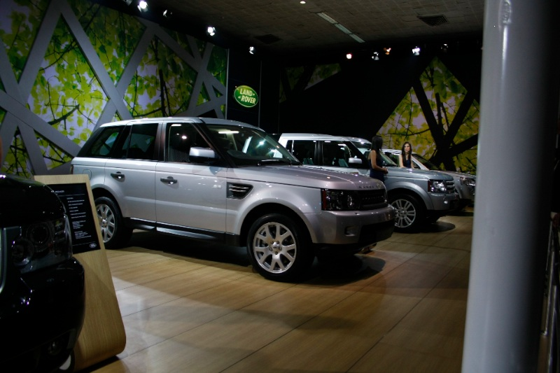 land_rover_range_rover_sport_auto_expo_2010_motoroids