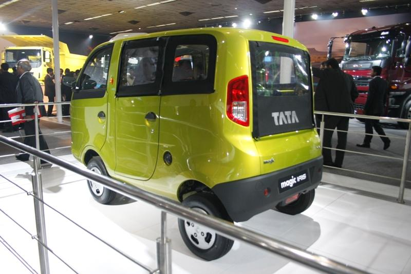 tata magic IRIS 2010 auto expo, motoroids