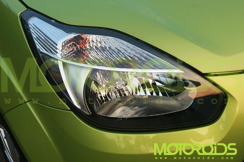 Ford Figo Headlight