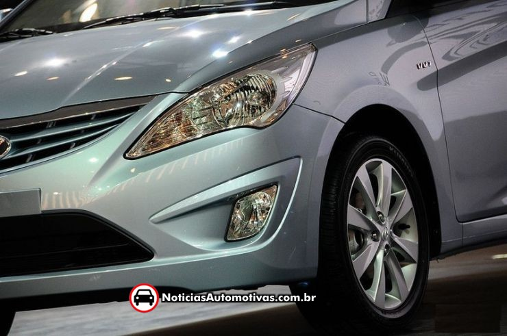 Hyundai Accent - www.motoroids.com
