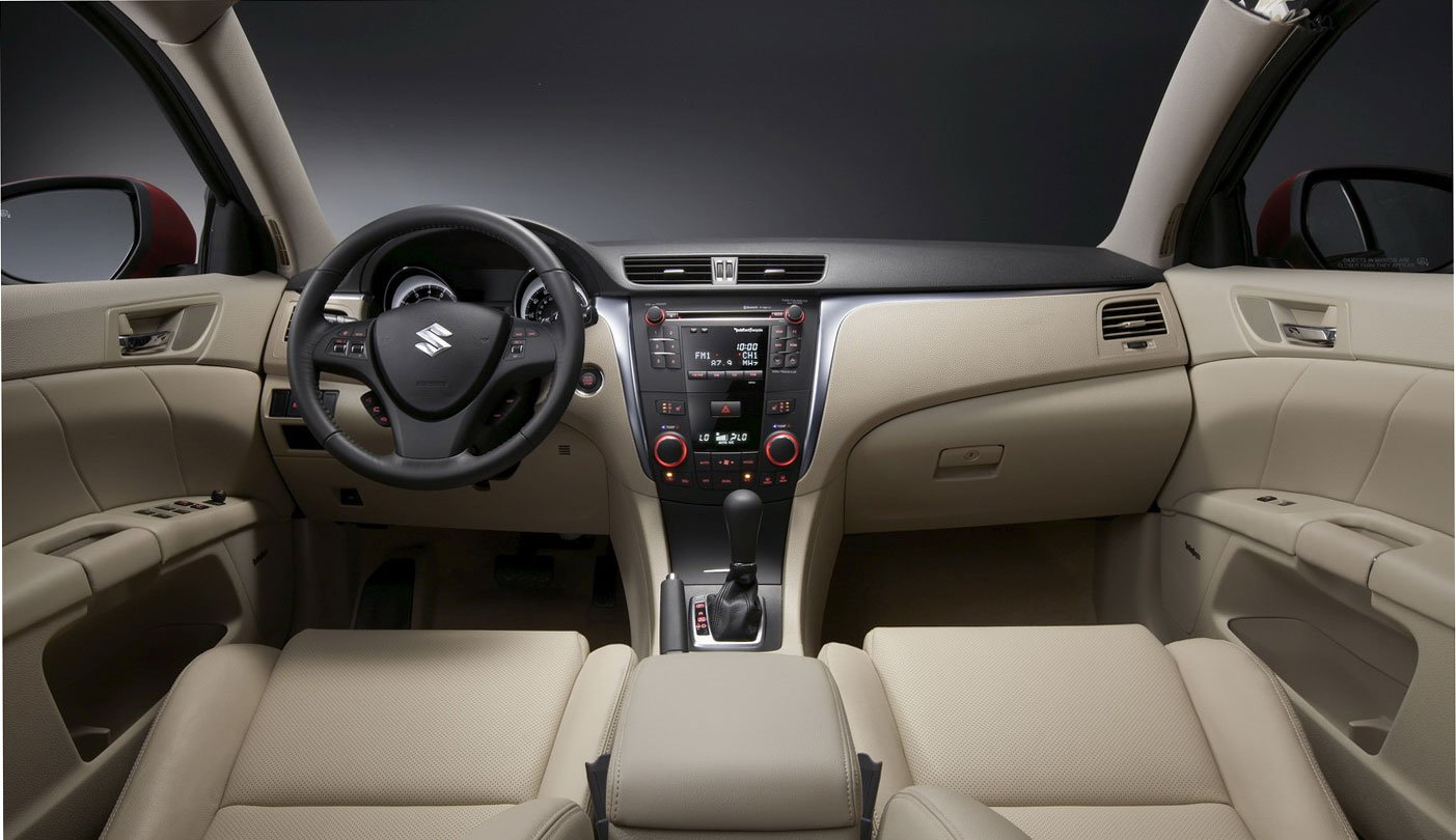 new Suzuki Kizashi D-Segment sedan Dashboard and steering that will launched by year-end.