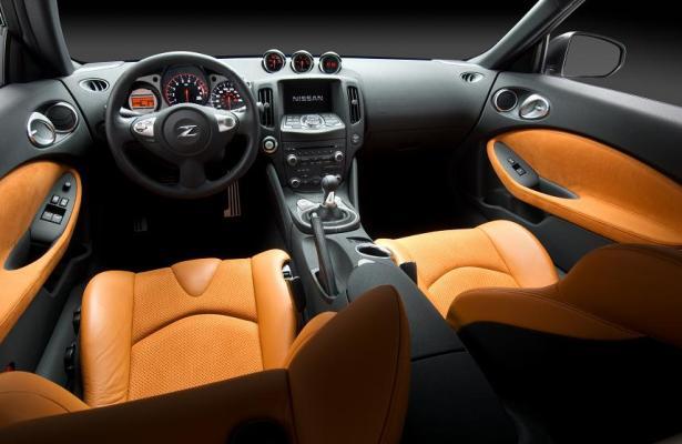 nissan_370z_interior_motoroids