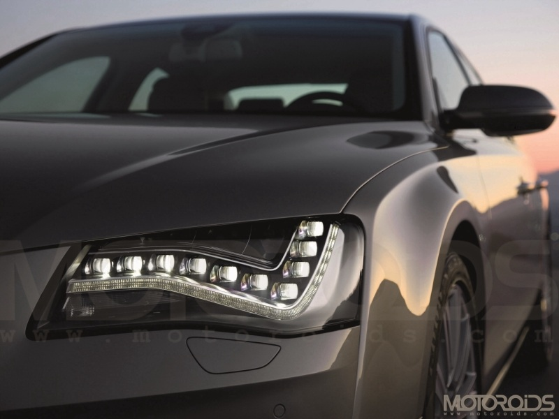 2011 Audi A8 Headlight
