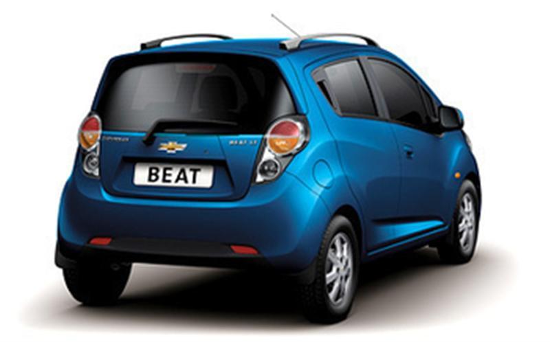 chevrolet beat blue rear - www.motoroids.com