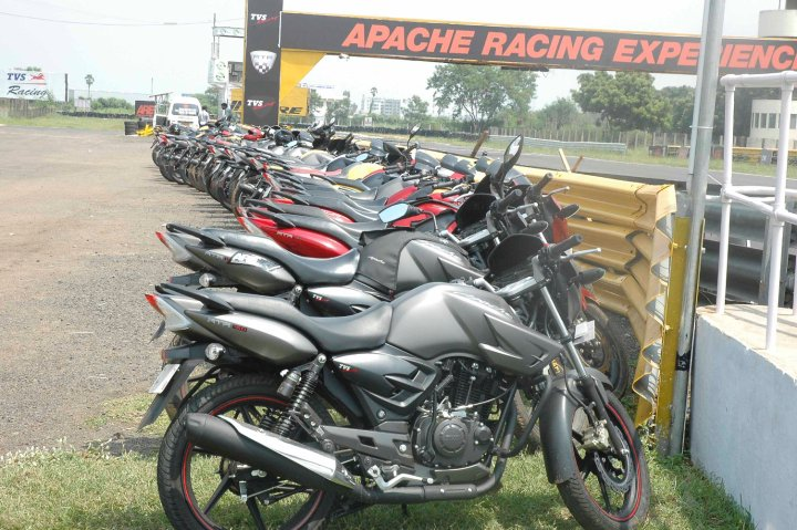 apache_racing_experience_5