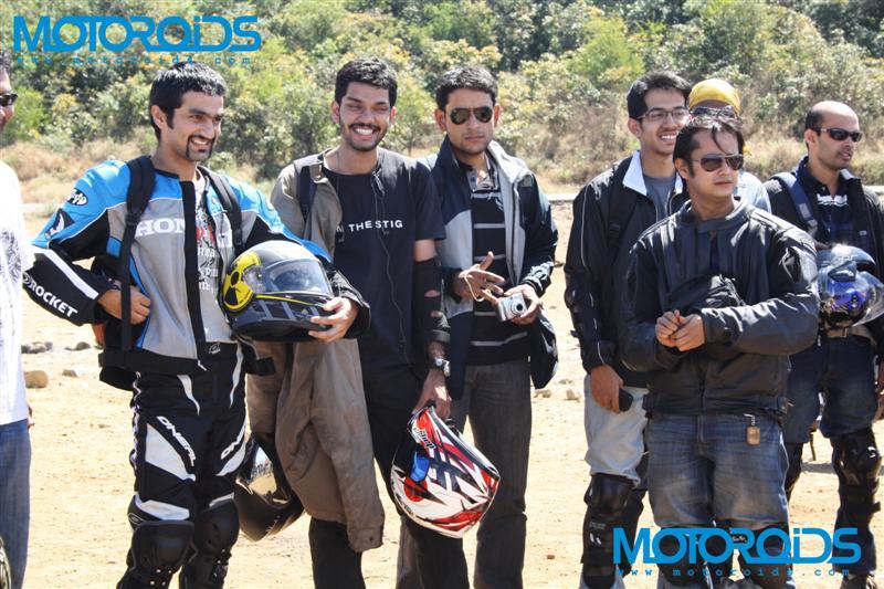 motomeet - www.motoroids.com