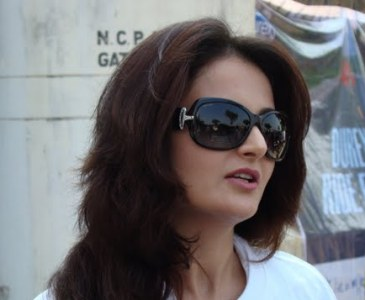 monica bedi, ride for safety 2009