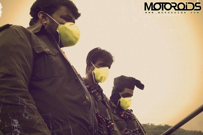 motoroids2_dacoits_wearmask%20copy