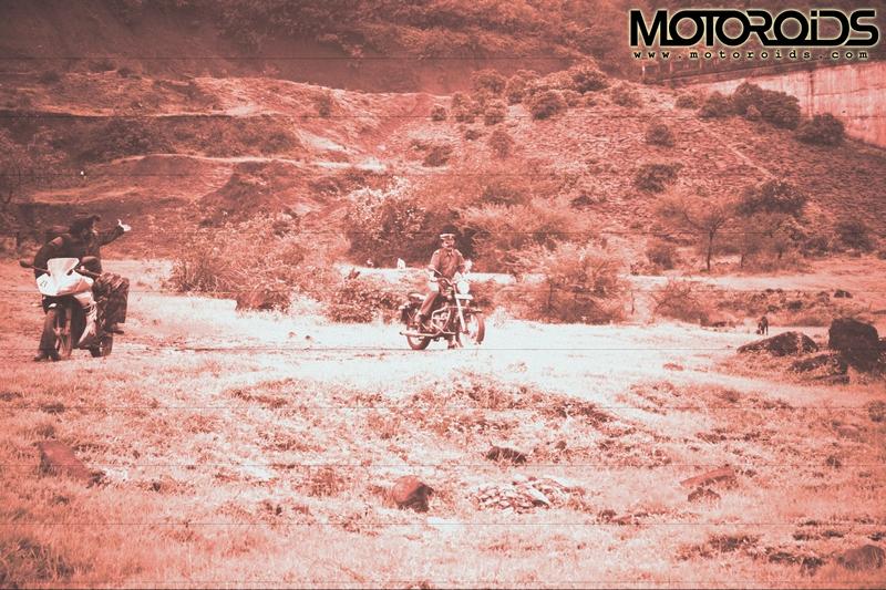 motoroids2_thkur_stalls%20copy