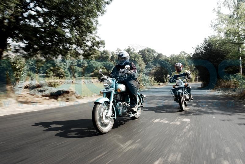 royal enfield classic, royal enfield 500 lb, motoroids,