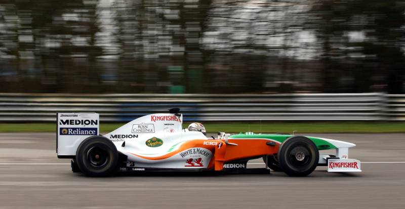 motoroids_forceindia2009_car