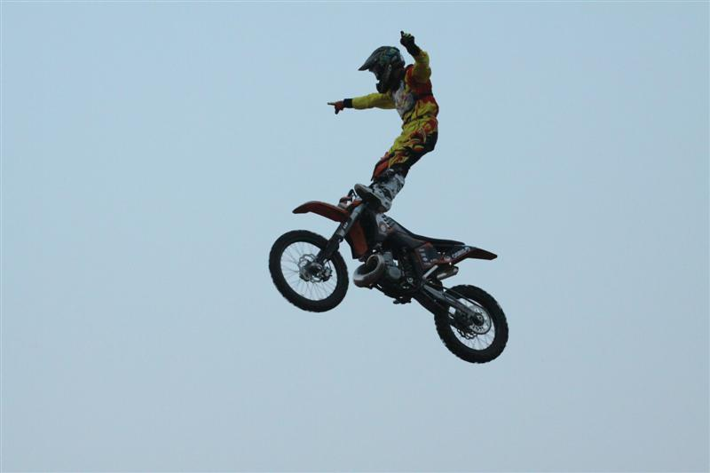 stunt - www.motoroids.com