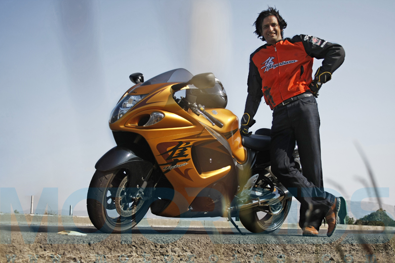 hayabusa, suzuki, gsx 1300r, india, review, features, images, motoroids,