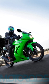 ninja 250, kawasaki, review, features, motoroids,