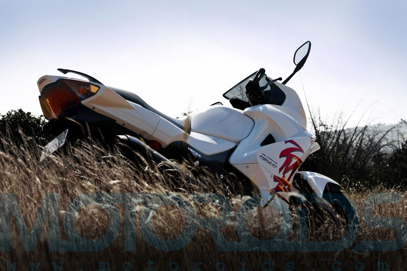 karizma zmr, hero honda, review, features, images, motoroids,