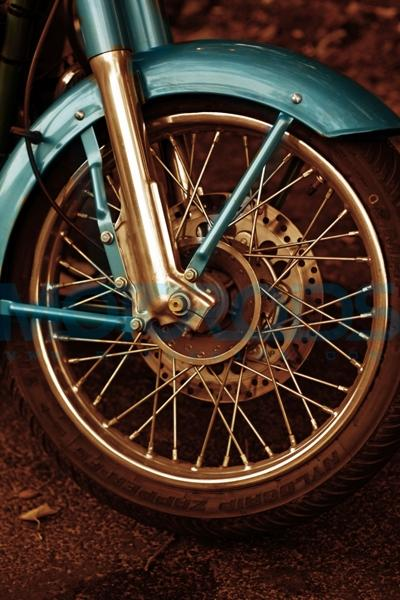 Front Tyre Classic 500