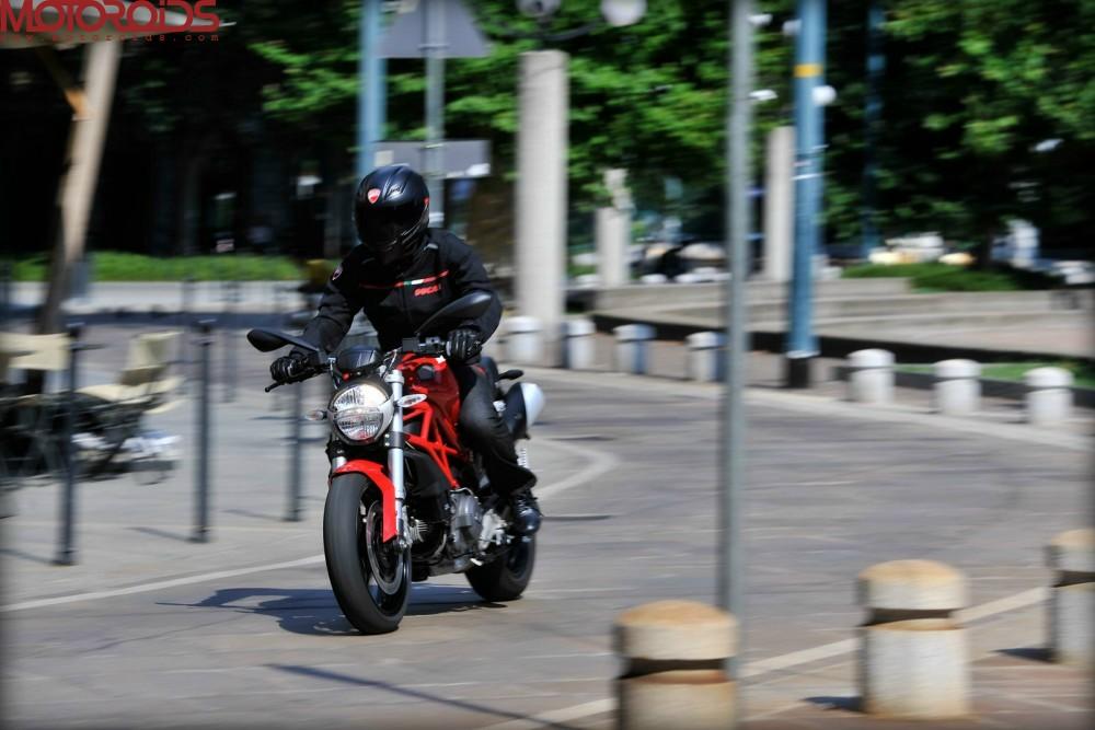 Ducati Monster 795 (8)