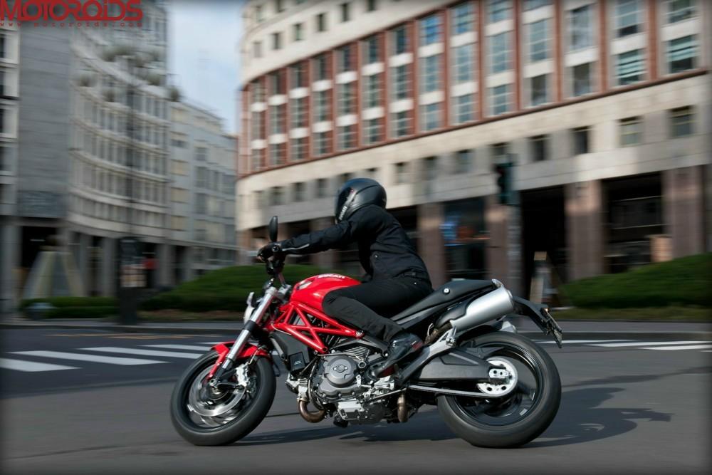 Ducati Monster 795 (5)