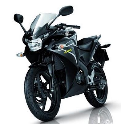 Honda CBR150R (4)