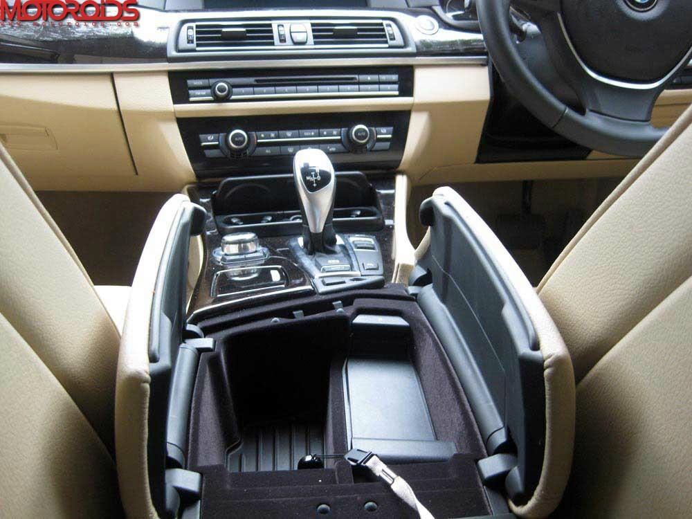2012 BMW 530d F10 (43)