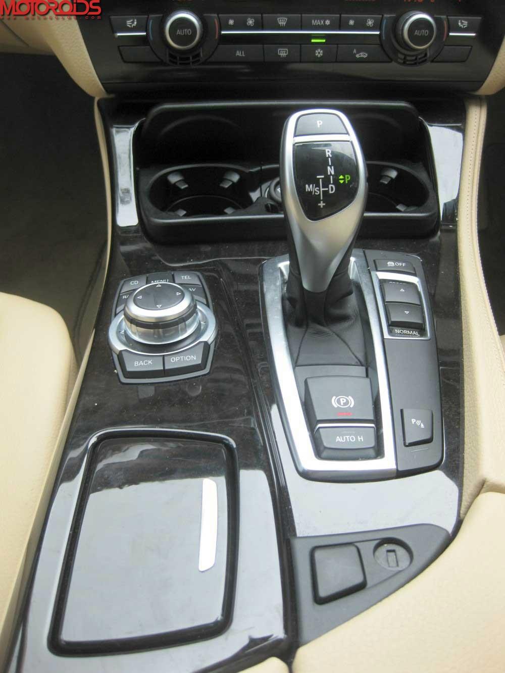 2012 BMW 530d F10 (38)