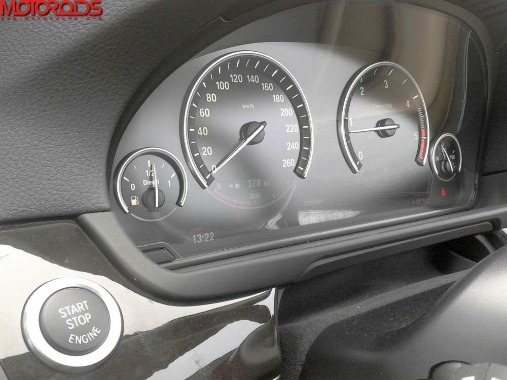 2012 BMW 530d F10 (2)