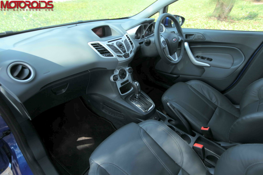 Ford-Fiesta-Automatic-10