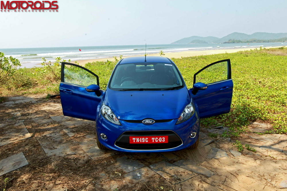 Ford-Fiesta-Automatic-3