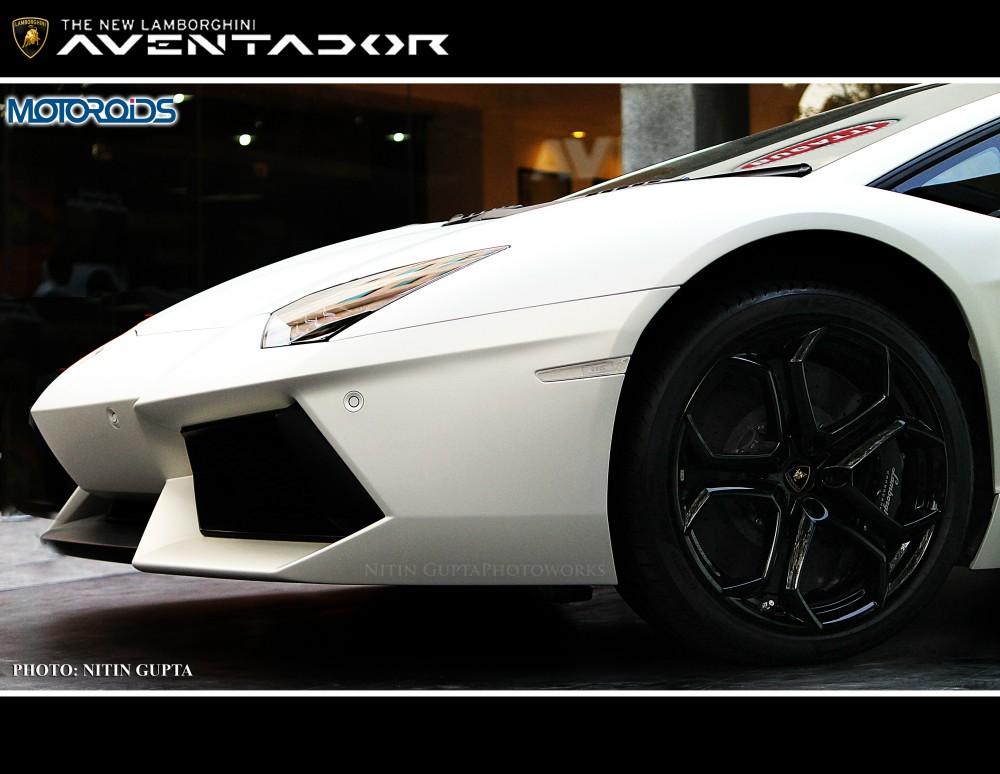 Lamborghini Aventador India (10)