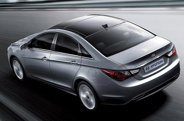 Hyundai-i45-1