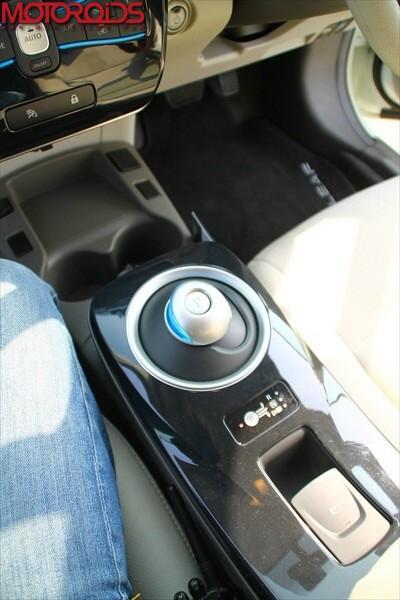 Nissan Leaf, Leaf interiors, Nissan Leaf exteriors (37)