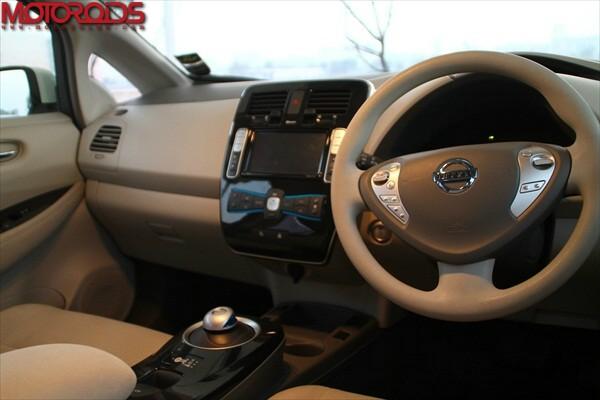 Nissan Leaf, Leaf interiors, Nissan Leaf exteriors (8)