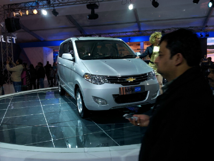 GM Chevrolet at 2012 Auto Expo (7)
