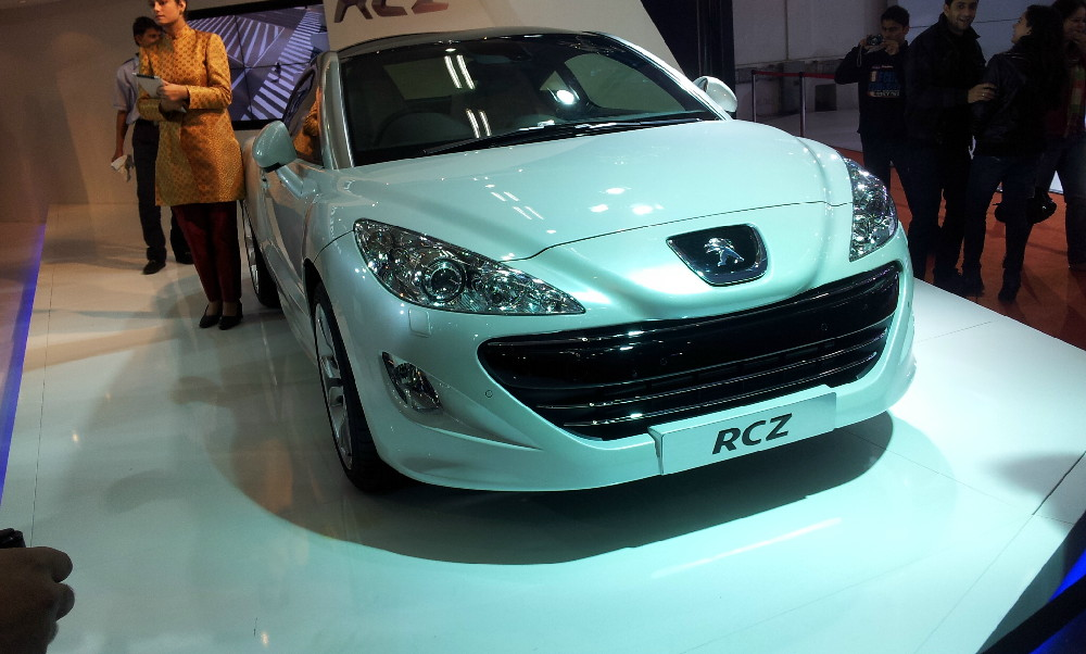 Peugeot at 2012 Auto Expo (12)