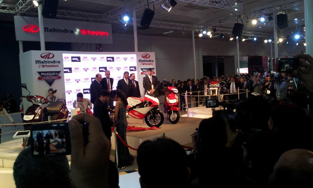 Mahindra Two Wheelers Auto Expo 2012 (9)