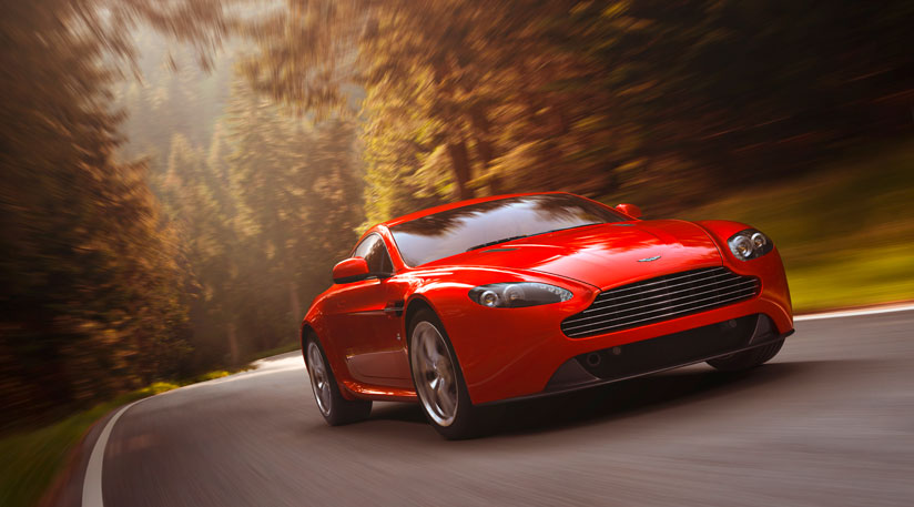 2012 Aston Martin V8 Vantage (4)