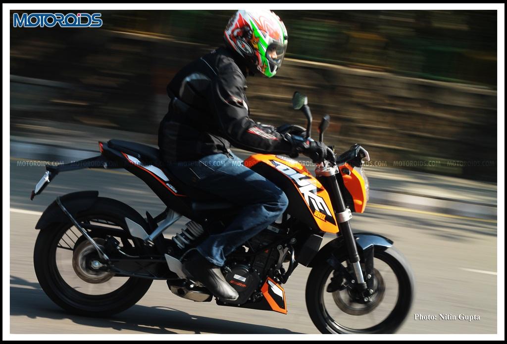 KTM 200 Duke (9)