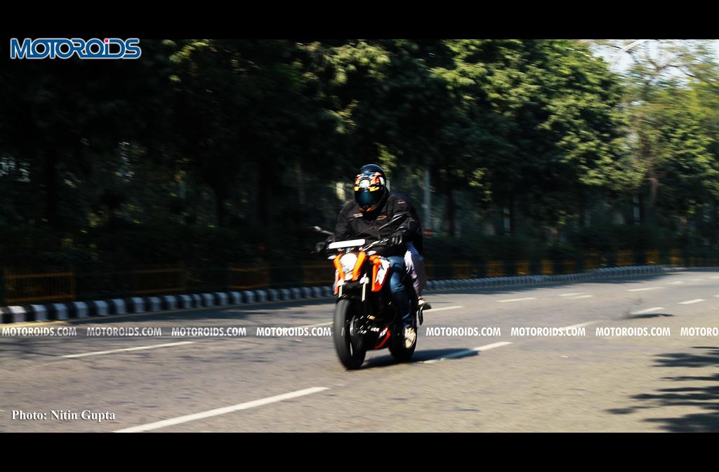 KTM 200 Duke (4)