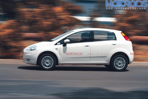2010-Grande-Punto-90hp-India-Panning