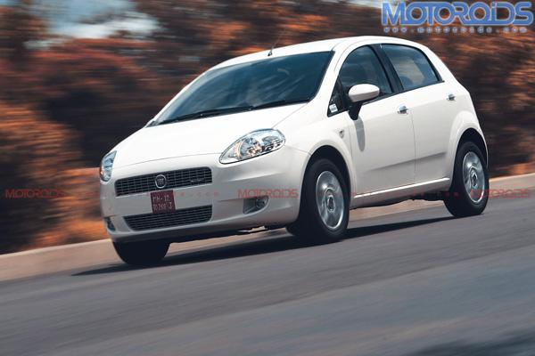 2010-Grande-Punto-90hp-India-front-three-quarter-motion