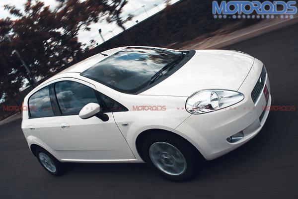 2010-Grande-Punto-90hp-India-front-three-quarter-tracking