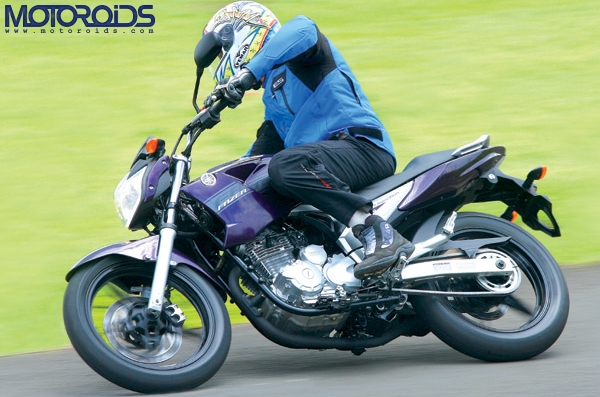 India Yamaha Motor is all set to introduce three new vehicles in India before / in October 2010. Details, speculations, prices and info on Motoroids.com