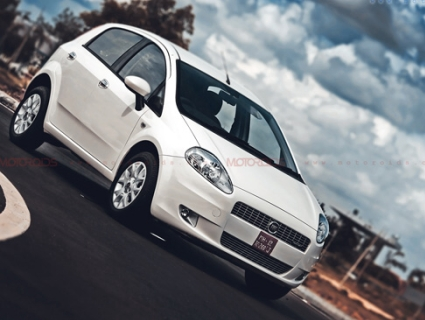 FIAT Punto 90HP Diesel has been launched in India; prices, details and extensive review on Motoroids.com