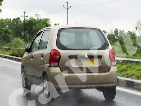 A Spy picture of the new 2011 Maruti Suzuki Alto which is slated to be launched in August - www.motoroids.com
