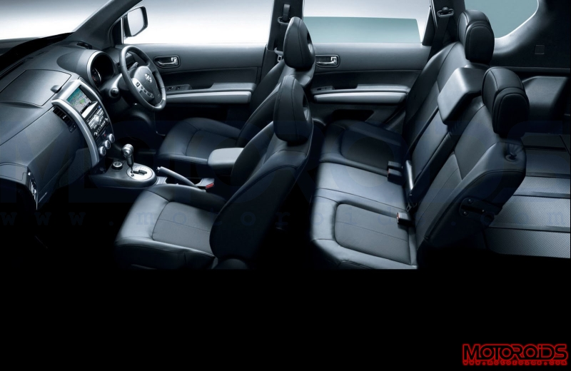 Nissan-X-Trail-2011-Interior