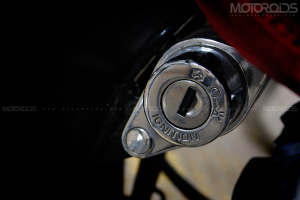 Road Test Review of the 2011 Bajaj Avenger 220 by Rohit Paradkar for Motoroids.com. Photography by Eshan Shetty.