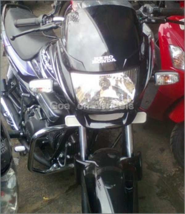 New hero Honda Super Splendor 2011 spy pictures