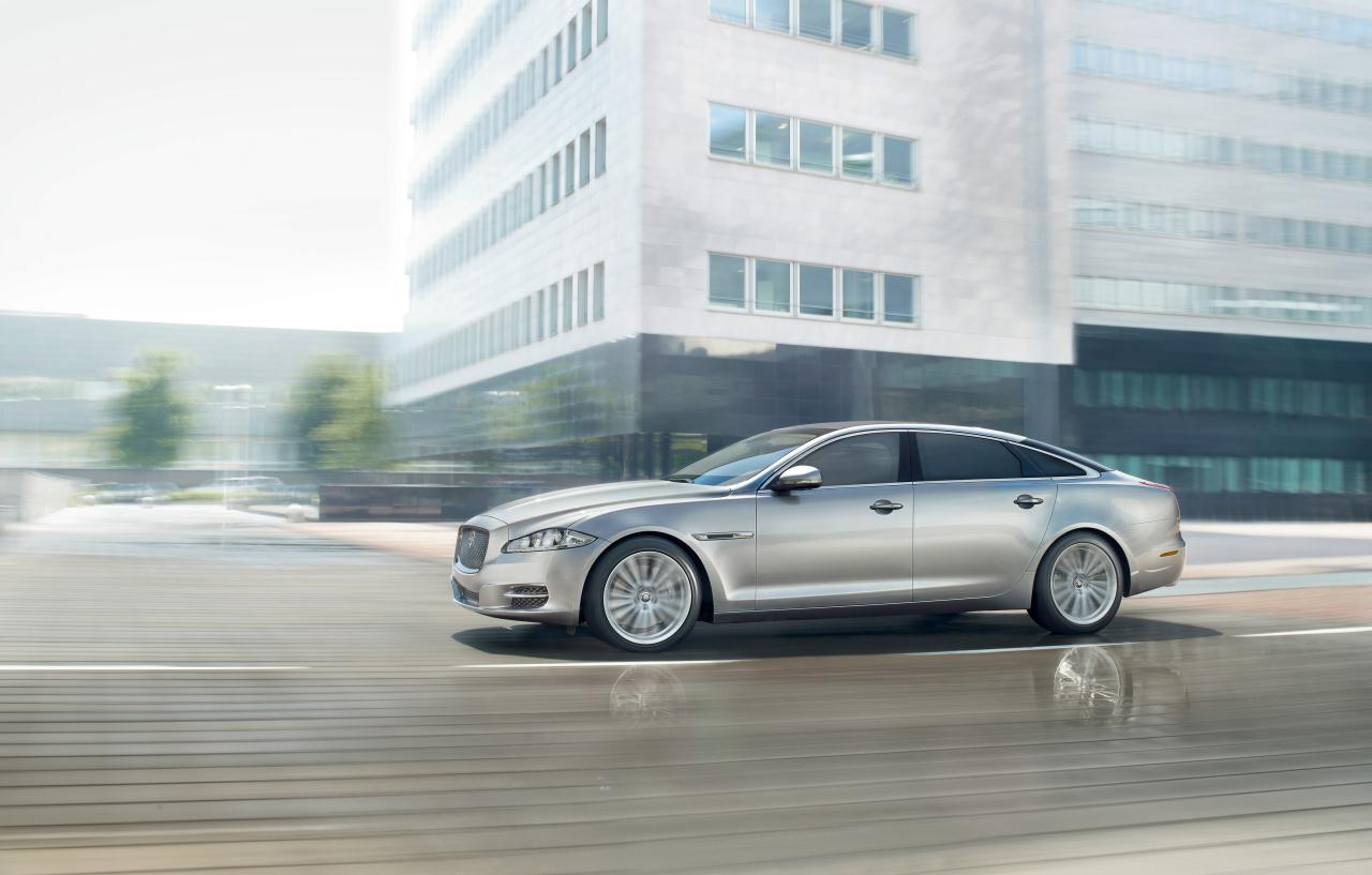Tata to unveil the bullet-proof Jaguar XJ Sentinel at the 2010 Moscow Motor Show. More details and photos on Motoroids.com