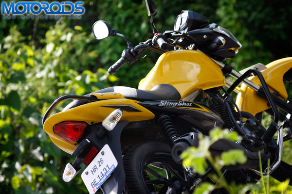 2010 Suzuki Slingshot 125 road test review by Rohit Paradkar for Motoroids.com. Photography by Eshan Shetty