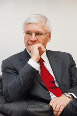 Dr Wilfried Aulbur